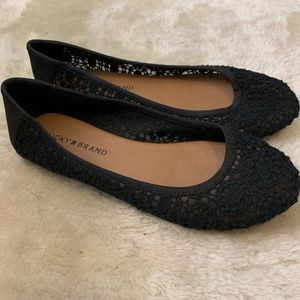 Lucky brand lace flats